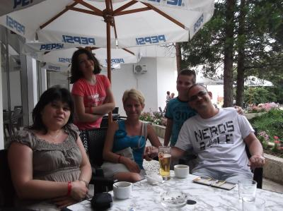 Family Astoria Zlatni Pjasaci 01